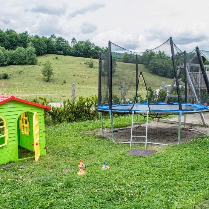 Loc de joaca, outdoor, pastel chalet